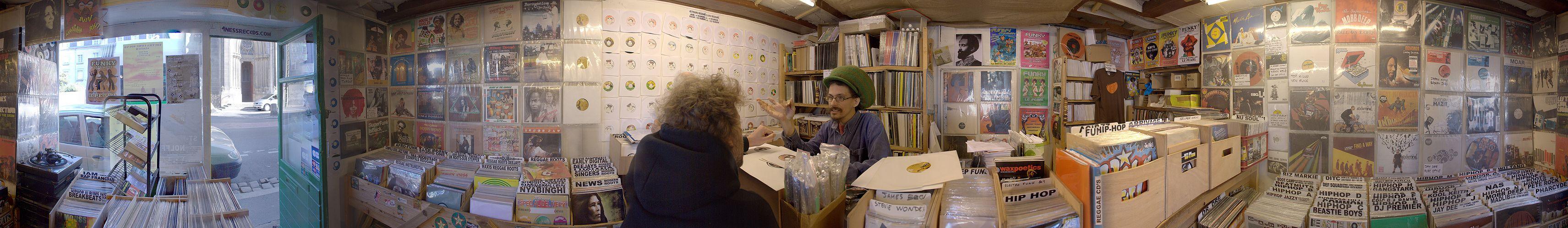 Schallplatten-Shop in Nantes (Frankreich). Foto: Mot2. 2007
